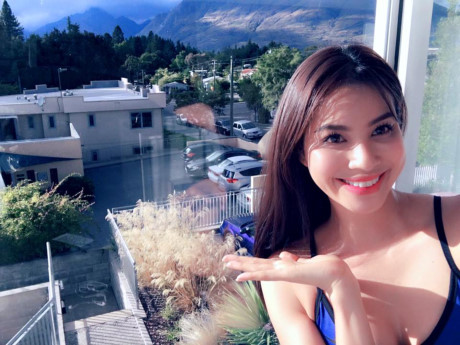 Những bí kíp 'thần thánh' giúp Hoa hậu Phạm Hương luôn trẻ trung