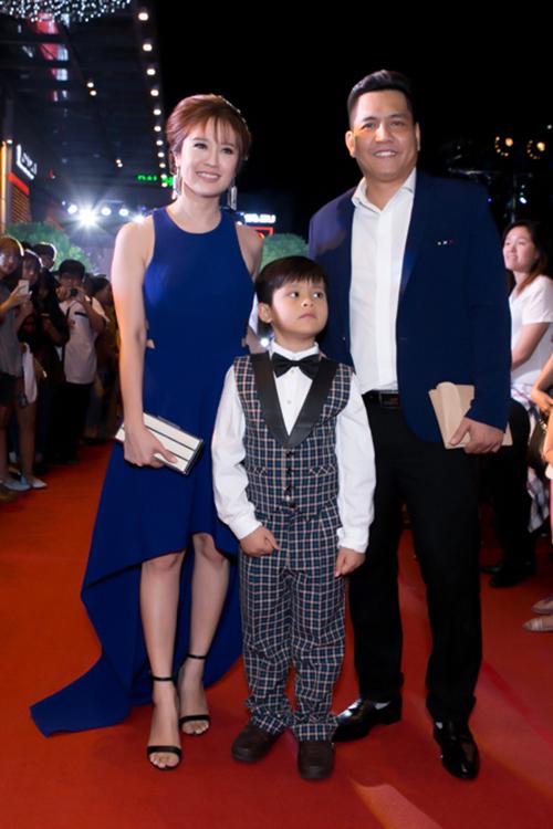Hoa hậu Phạm Hương đẹp 'lấn át' dàn sao nữ tại sự kiện