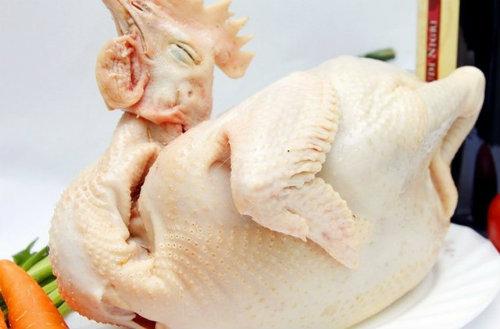 Bí quyết luộc gà cúng ngon và đẹp mắt đón Tết Nguyên đán