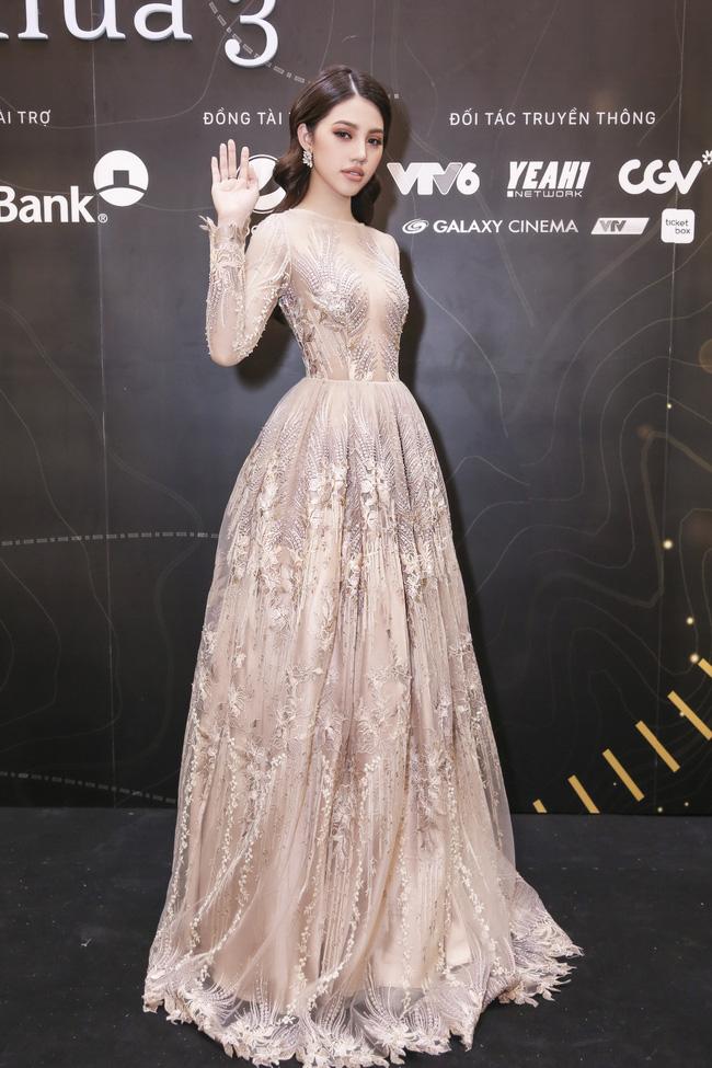 Phạm Hương, Khánh Ngân, Chi Pu mặc đẹp nhất tuần qua