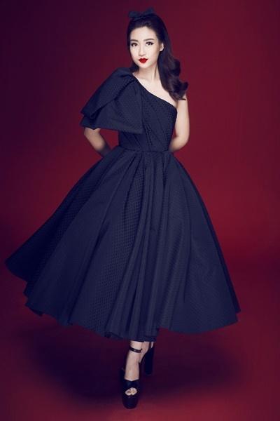 Bất ngờ khi Hoa hậu Đỗ Mỹ Linh lần đầu thử phong cách gợi cảm