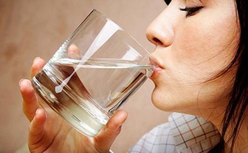 Các loại nước uống giúp giảm cân nhanh chóng sau Tết