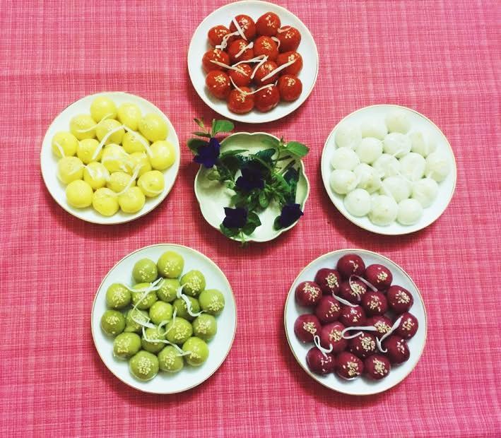 Tết Hàn thực: Cách làm bánh trôi ngũ sắc đơn giản