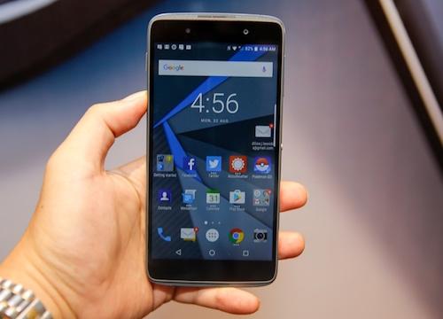 DTEK 50 được trang bị bàn phím ảo thông minh của BlackBerry. Ảnh: Internet