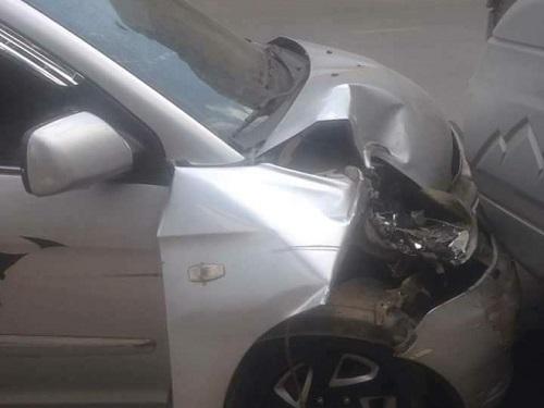 tai nạn giao thông ngày 28/10: Chở vợ đi đẻ, diễn viên Hiệp Gà đâm nát đầu ô tô