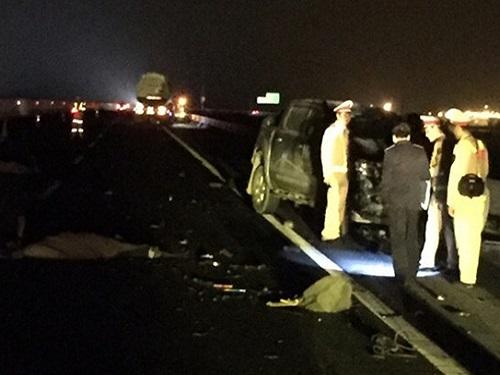 tai nạn giao thông ngày 25/12: Xe bồn cán chết người phụ nữ trong đêm Giáng sinh