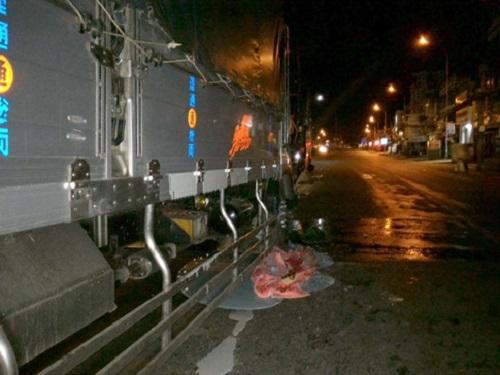 tai nạn giao thông ngày 7/1: Xe máy tông trực diện xe khách, 2 thanh niên tử vong