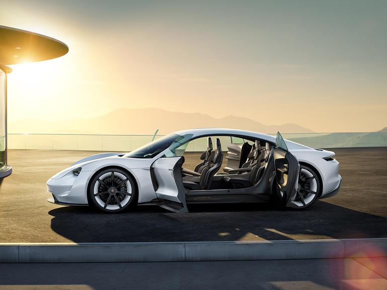 Những siêu xe điện hứa hẹn làm 'điên đảo' thị trường 2017