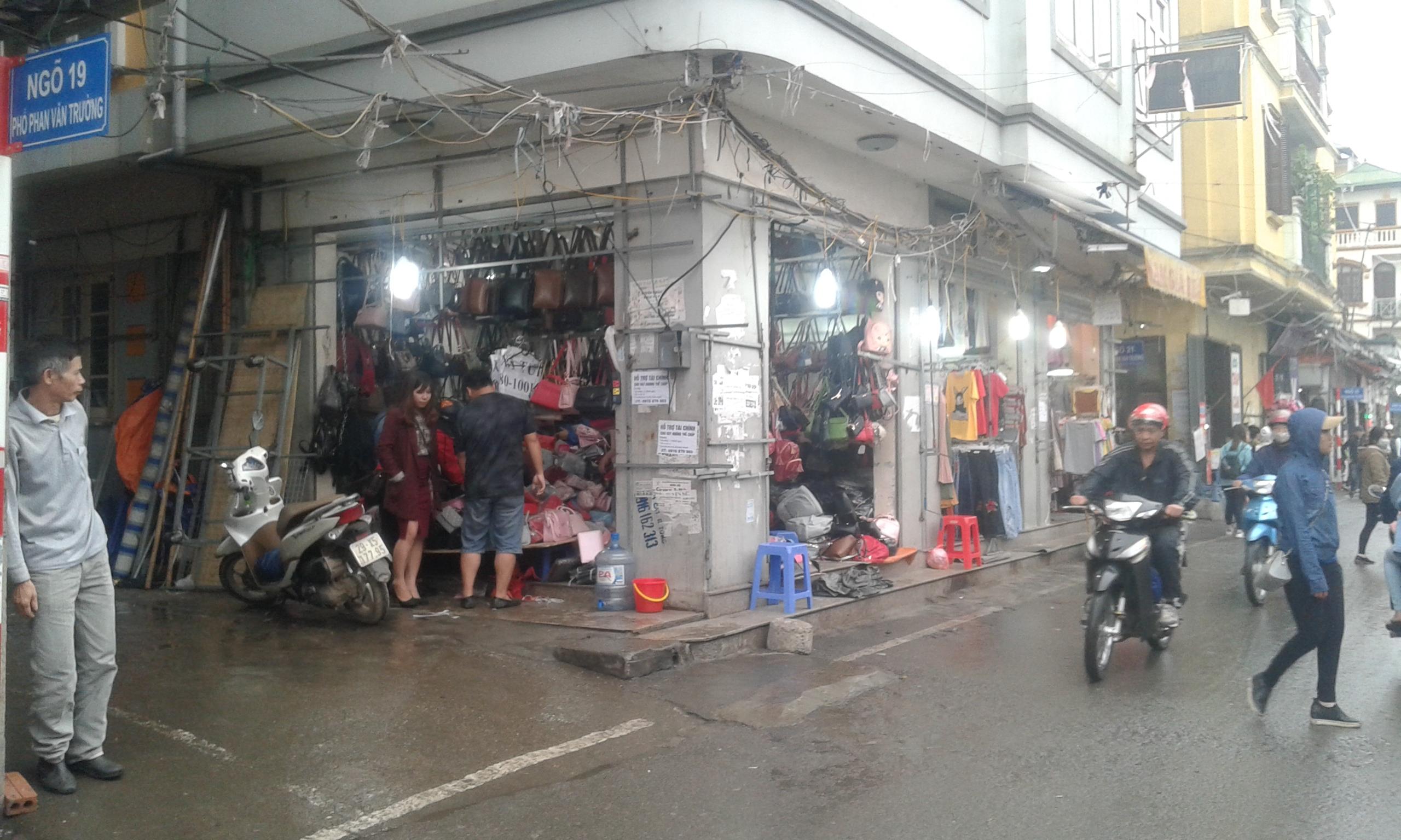 chay-cong-an-cho-xanh-gon-gang-den-la-thuong