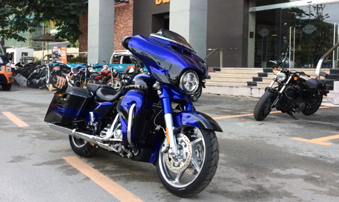 harley-cvo-street-glide-phien-ban-do-chinh-hang-gia-17-ty-dong