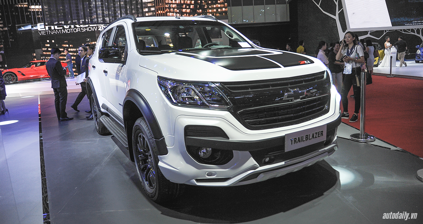 chevrolet-trailblazer-doi-thu-toyota-fortuner-vua-ra-mat-khach-hang-viet-nam-co-gi-hay