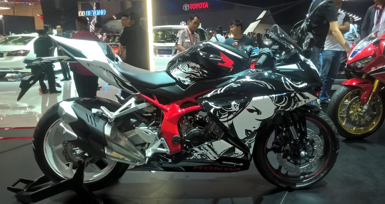 diem-dac-biet-cua-honda-cbr250rr-special-edition-gia-5300-usd-tai-indonesia