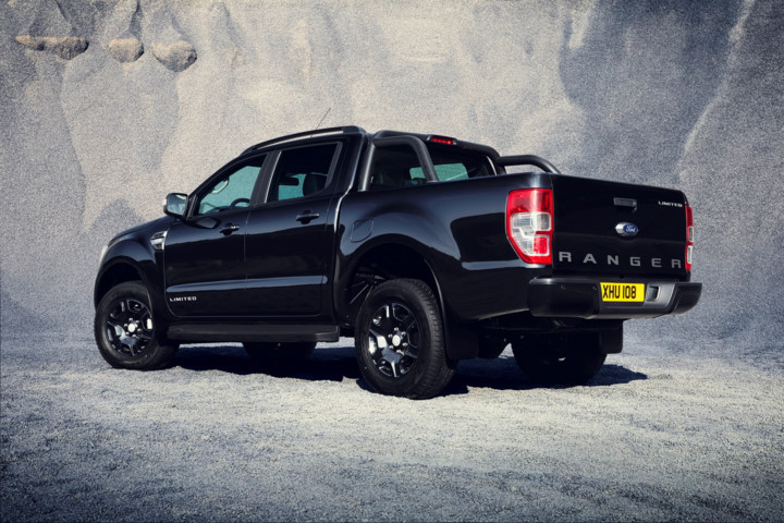 chiem-nguong-phien-ban-dac-biet-ranger-black-edition-sap-ra-mat-cua-ford