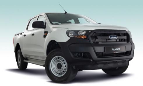 xe-ban-tai-ford-ranger-xl-standard-cap-ben-malaysia-voi-gia-canh-tranh-453-trieu-dong