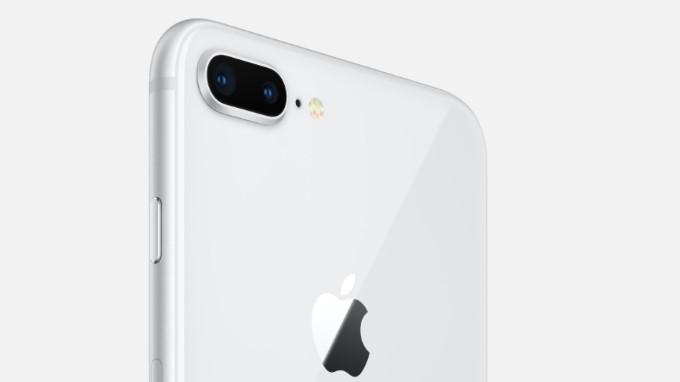 iphone-8-xam-vang-va-bac-ban-chon-mau-nao