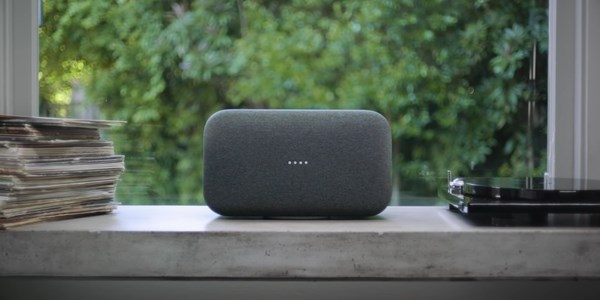 8-ly-do-ban-nen-mua-loa-thong-minh-google-home-max-thay-vi-homepod-cua-apple