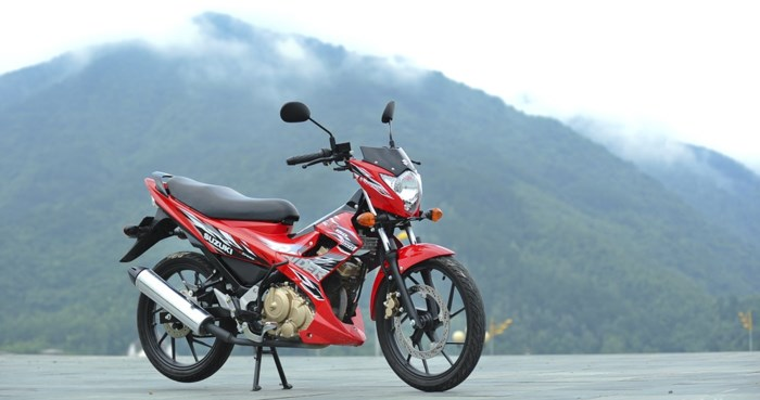 cap-nhat-bang-gia-xe-may-suzuki-moi-nhat-thang-32018
