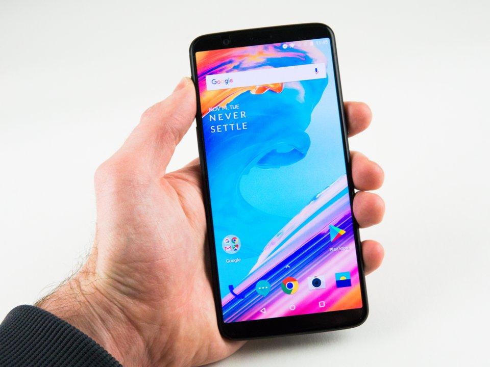 oneplus-6-smartphone-duoc-mong-doi-nhat-nam-2018-co-gi-hay