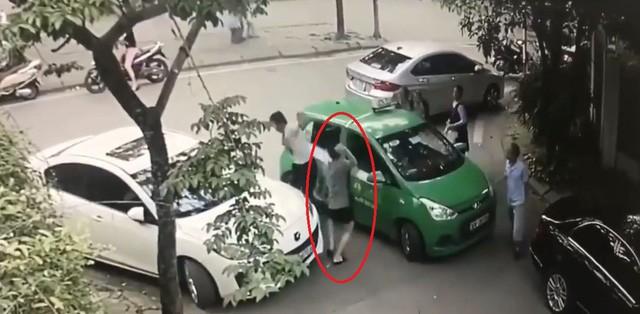 vu-tai-xe-taxi-mai-linh-bi-danh-nhap-vien-ha-noi-chinh-thuc-khoi-to-chu-xe-mercedes