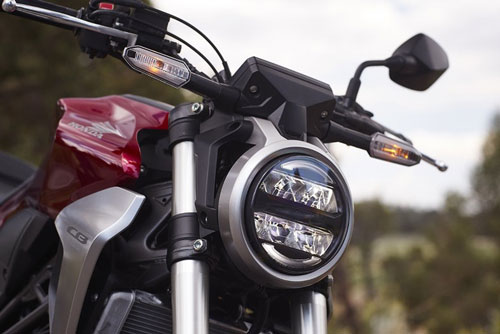 kham-pha-mau-xe-naked-bike-moi-honda-cb300r-voi-gia-ban-140-trieu-dong