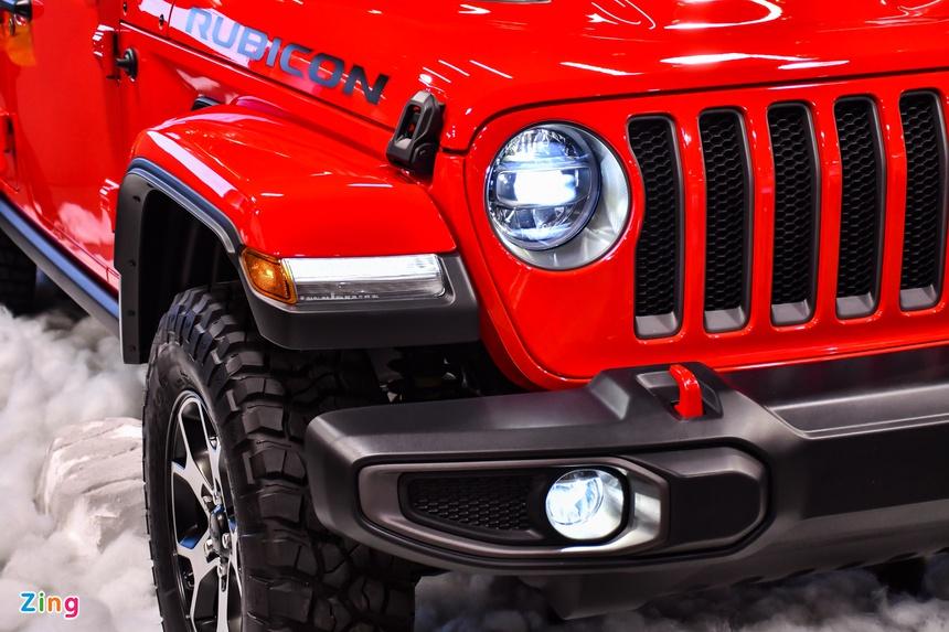 jeep-wrangler-rubicon-gia-3388-ty-dong-tai-viet-nam-trang-bi-day-du-tien-nghi-va-an-toan