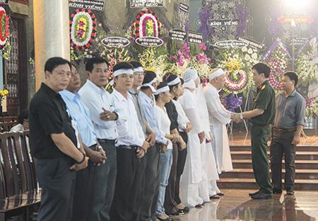 Các quan chức cấp cao cùng chia buồn với gia đình bà Võ Thị Thắng
