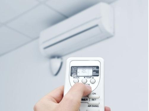 Nên chọn mua điều hòa nhiệt độ có thiết kế đơn giản