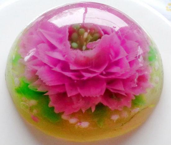 Trào lưu làm thạch 3D ngày càng rầm rộ, khiến chị em ai cũng muốn làm thử một lần để biết cảm giác bơm thạch, tạo hoa như thế nào.
