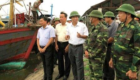 Ban chỉ huy phòng chống lụt bão cùng với Bộ chỉ huy Bộ đội biên phòng triển khai kiểm tra đôn đốc công tác phòng chống bão.