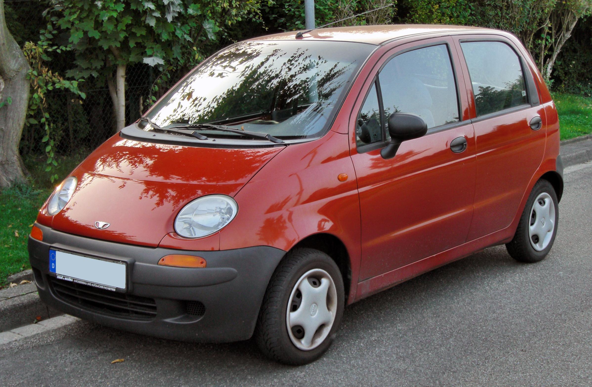 Ô tô giá rẻ Matiz có giá bán hấp dẫn khoảng 290 triệu đồng/chiếc