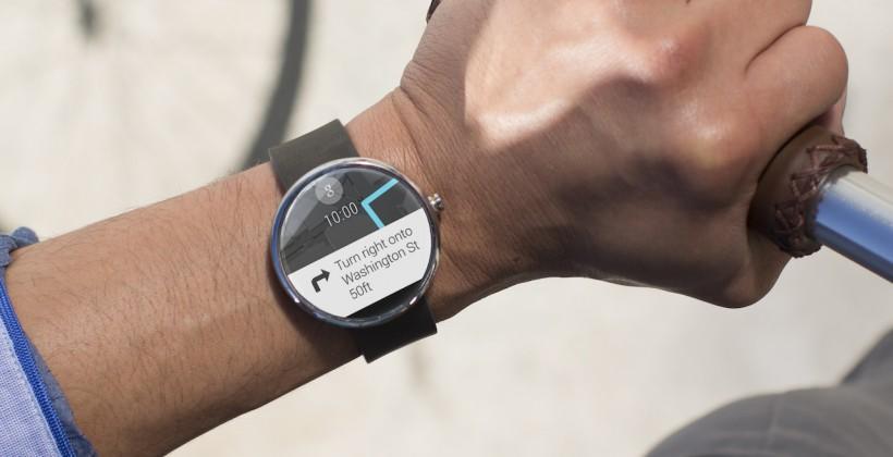 Mẫu đồng hồ thông minh giá rẻ Moto 360 ấn tượng nhờ thiết kế thời trang như một món trang sức thực thụ