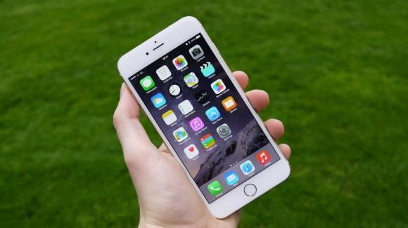 iPhone 6 plus - chiếc phablet đầu tiên của Apple