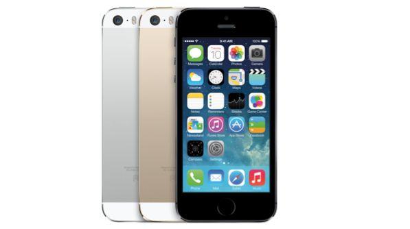 Smartphone đáng mua nhất 11/2014 iPhone 5s với cảm biến isight chụp thiếu sáng tốt hơn.