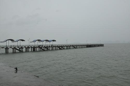 Toàn bộ tàu tại cảng tàu Bãi Cháy đã được di tản đi tránh bão.