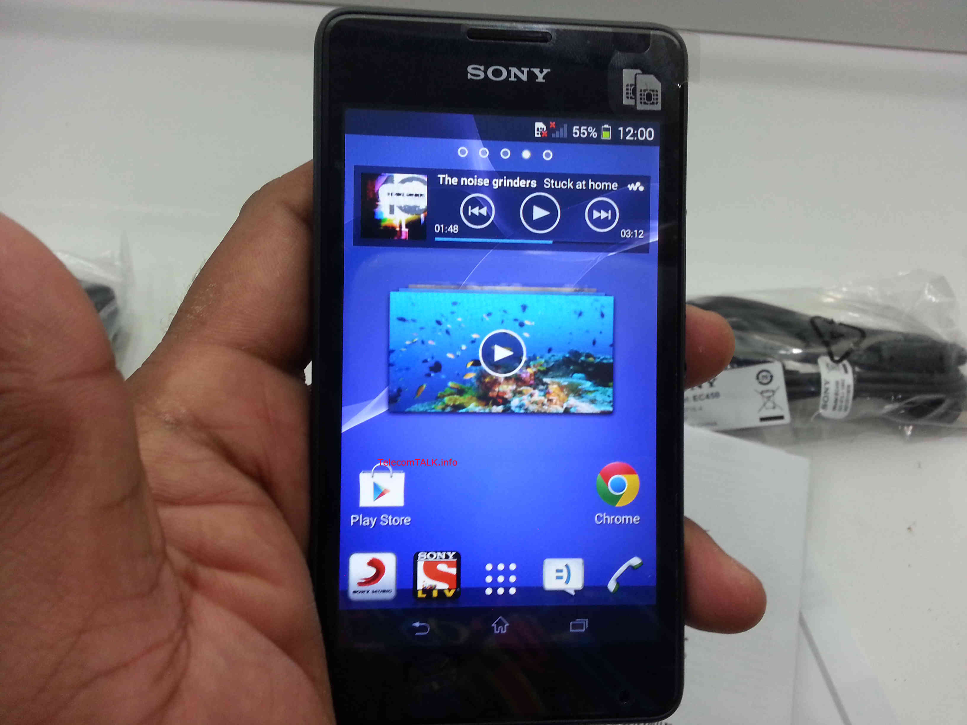 Sony Xperia E1 sở hữu công nghệ âm thanh tiên tiến, thiết kế đẹp mắt