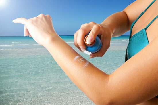 Kem chống nắng giúp ngăn chặn tác hại của tia cực tím