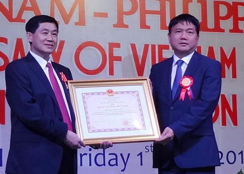 Ông Johnathan Hạnh Nguyễn