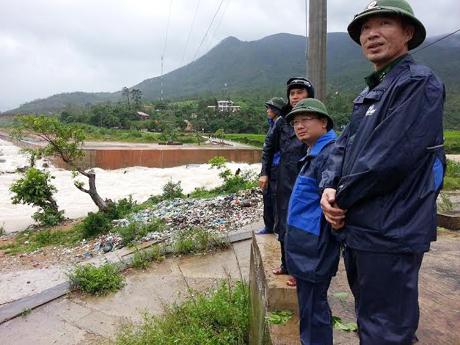 Lãnh đạo huyện Bình Liêu kiểm tra, chỉ đạo công tác khắc phục hậu quả bão số 3.