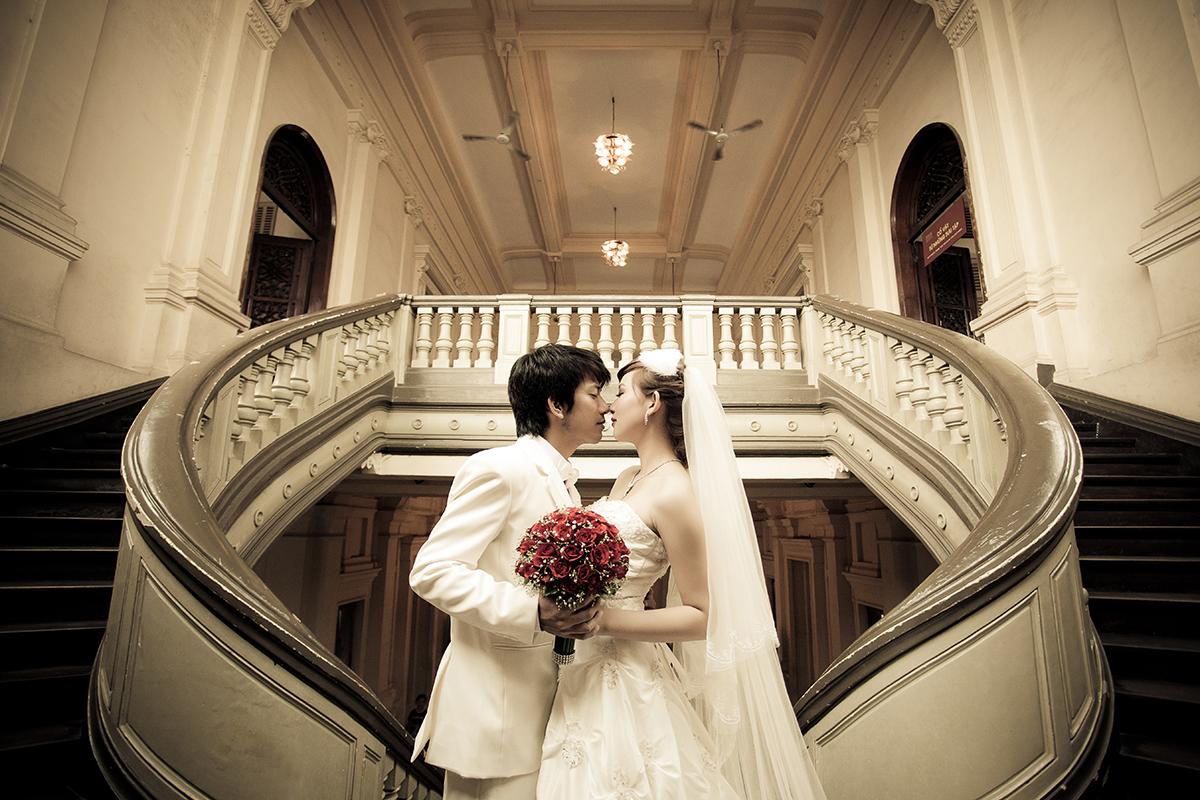 Kỹ thuật chụp ảnh cưới cần  chú ý đến sự cân đối giữa ánh sáng và bóng tối