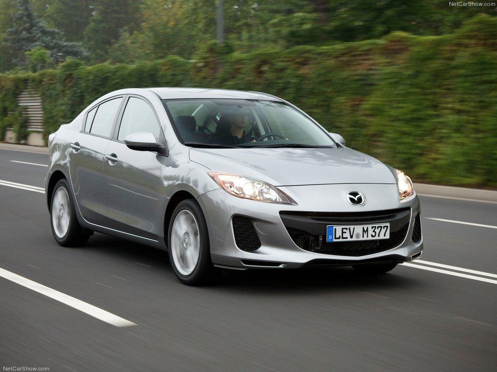 Mazda3 - mẫu xe oto cũ giá dưới 300 triệu đáng mua nhất đối với dòng sedan