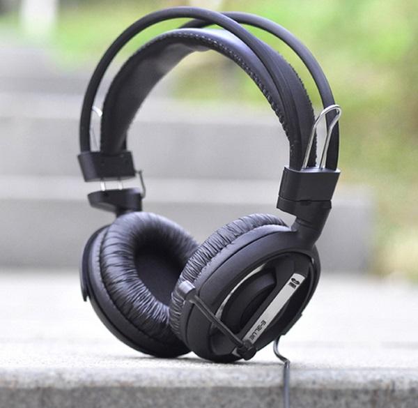 Tai nghe chơi game có độ bền cao giúp các game thủ dùng được lâu và tiết kiệm được chi phí.
