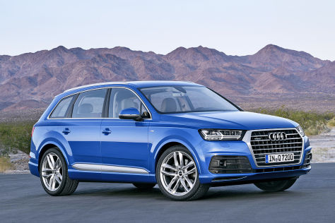 Xe Audi Q7 có thiết kế hoàn toàn mới với những đường thẳng dứt khoát tạo gân cho thân xe