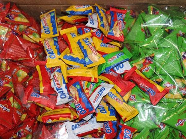 Hầu hết các sản phẩm bánh kẹo nhập lậu đều có bao bì bắt mắt