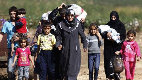 Người dân Syria rời bỏ nhà cửa đi lánh nạn