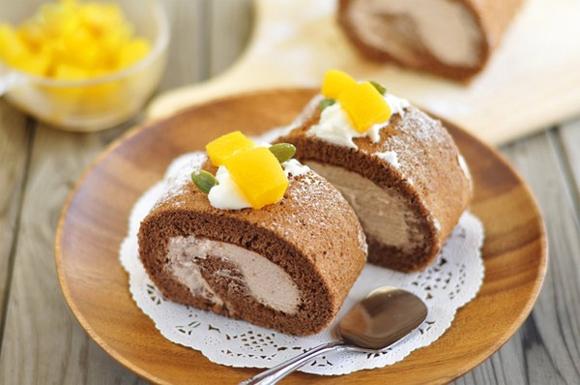 Cách làm bánh gato cuộn kem ngon tuyệt với công thức đơn giản