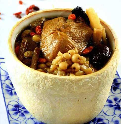 Cách làm gà tần thuốc bắc rất đơn giản mà ăn lại ngon và bổ dưỡng