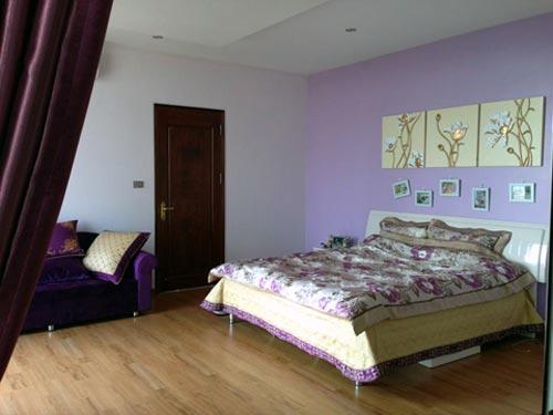 Phòng ngủ gọn gàng ấm cúng trong biệt thự