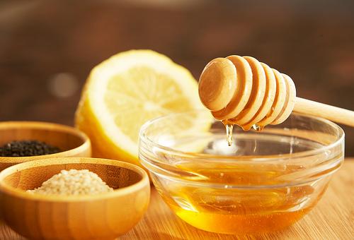 Chanh đào ngâm mật ong có tác dụng làm đẹp da