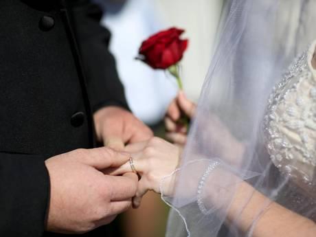 Phụ nữ dành trên 20.000$ vào đám cưới của họ có khả năng ly di cao hơn 3,5 lần