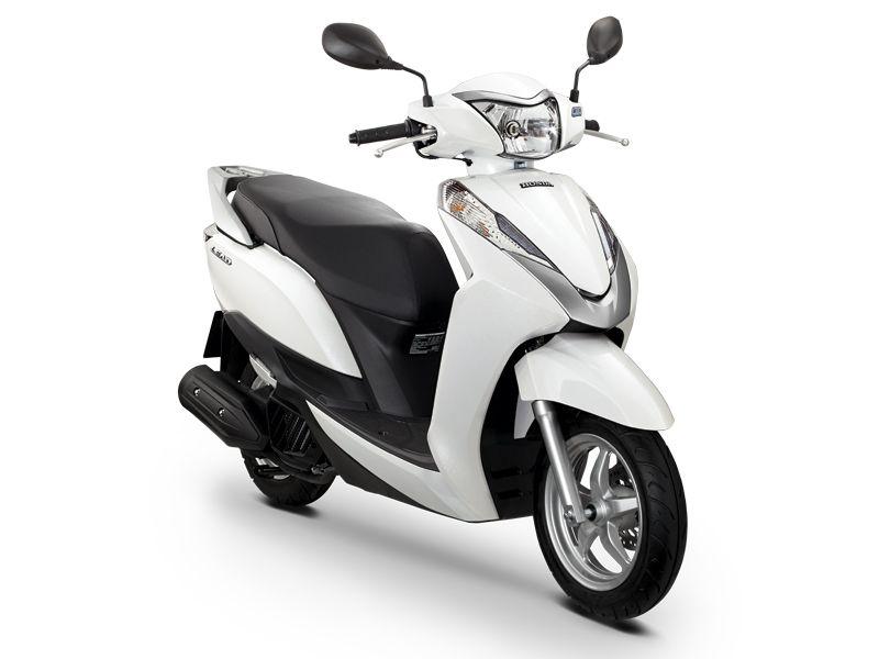 Xe máy màu trắng phù hợp nhất với người mệnh Thủy